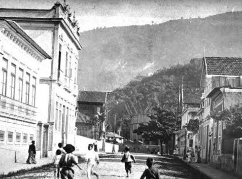 construçao+praça+de+touros+1905