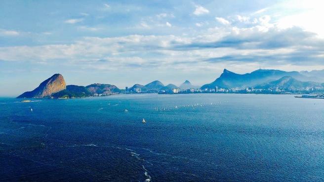 Rio_de_Janeiro_view_from_Guanabara_bay 2.jpg