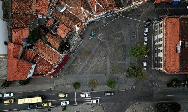 x79076271_RI-Rio-de-Janeiro-RJ-27-09-2018-As-pracas-do-Rio-Algumas-pracas-e-largos-tiveram-crucial-im.jpg.pagespeed.ic.7JEwcG3_76.jpg